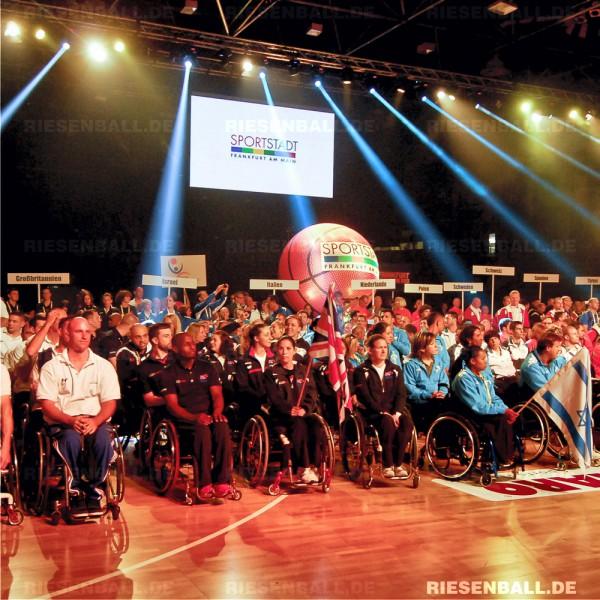 Eventball auf Eröffnungsfeier der Rolli-Basketball EM