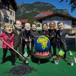 G7 Regierungschefs treffen sich zum Weltkugel grillen