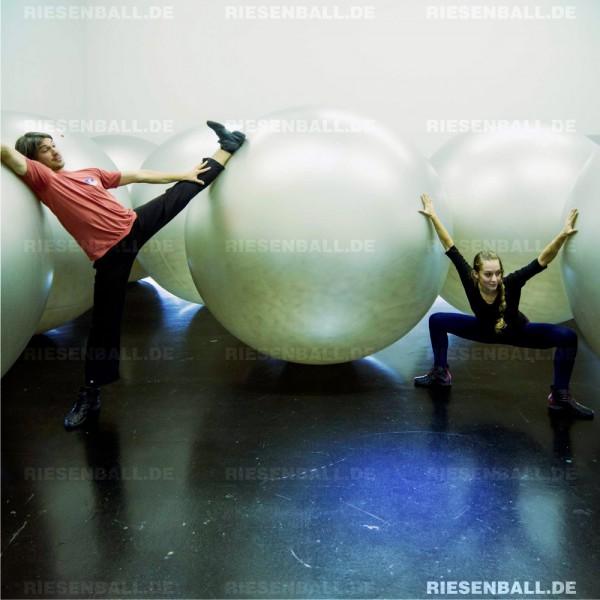 Aufblasbarer 200 cm Ball im deutschen Hygiene-Museum